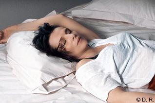 坂本安美 映画のアトリエ「ジュリエット・ビノッシュ、女優という真実を生きながら」